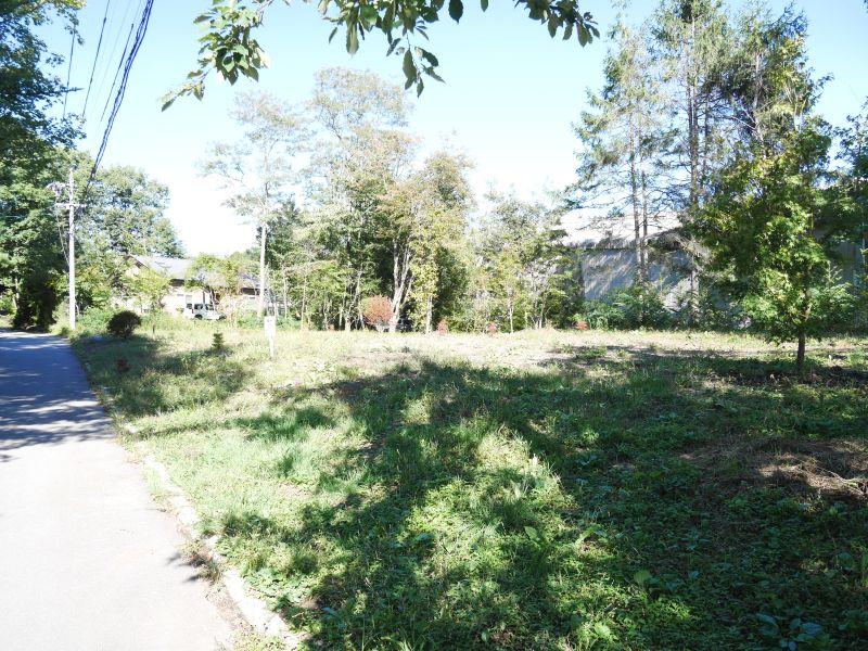 【御代田土地(3区画)】閑静で暮らしやすい緑が豊かな平坦地