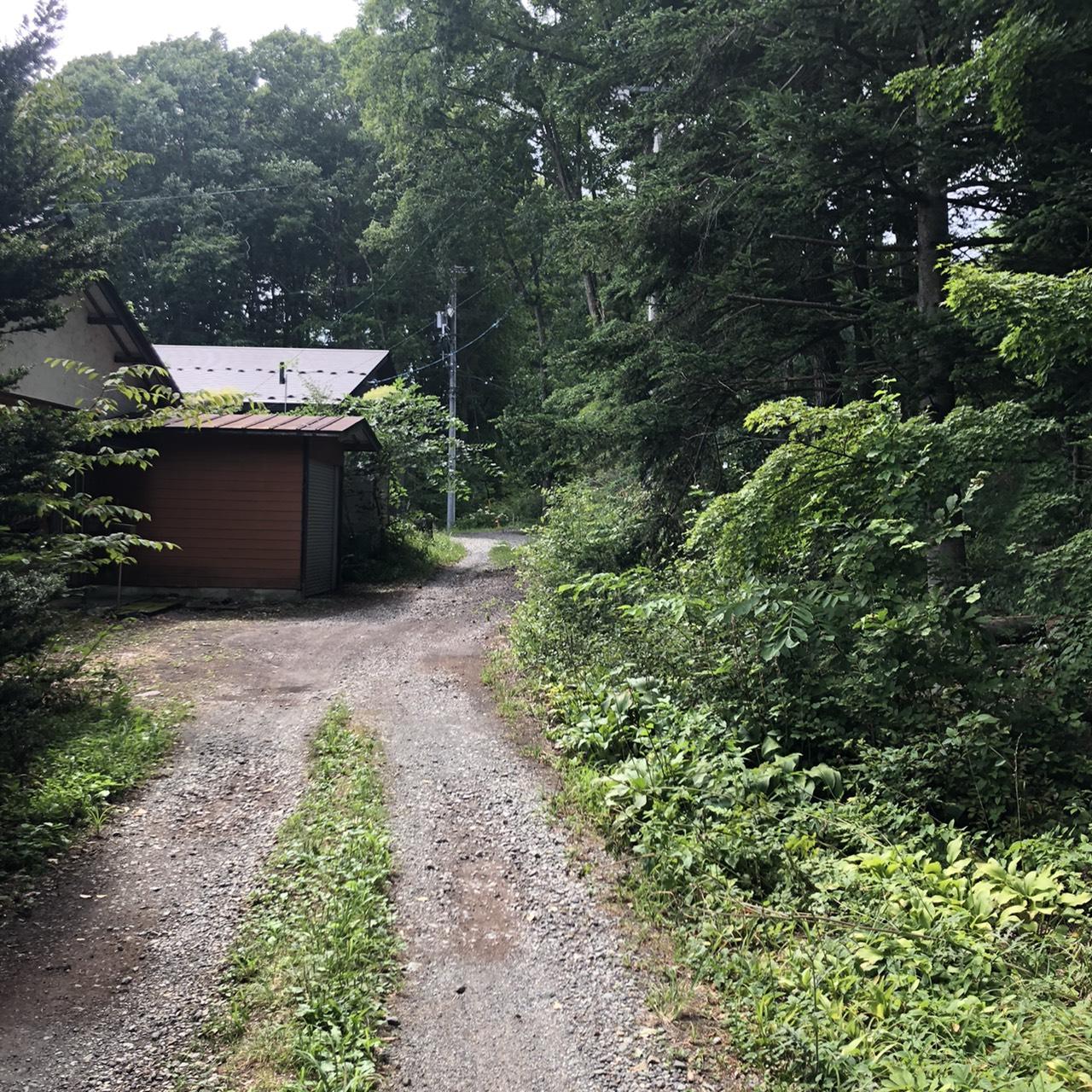 【追分土地】アクセス良好の閑静な別荘地